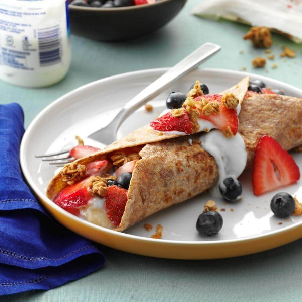 Fruit-Filled French Toast Wraps #breakfast #recipe
