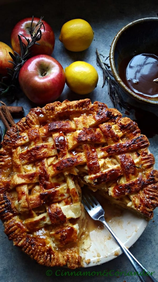 Salted Caramel Apple Pie with Rosemary Caramel #dessert #appleplie #recipe