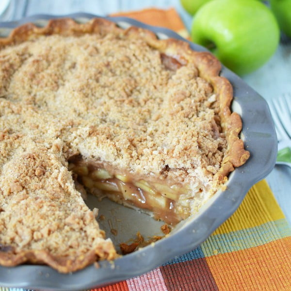 Traditional Dutch Apple Pie Recipe #dessert #appleplie #recipe