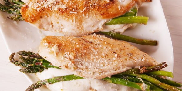 Asparagus Stuffed Chicken #chicken #recipe #dinner