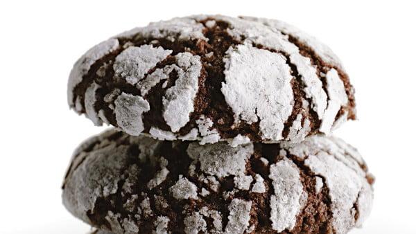 Chocolate Crackle Cookies #dessert #chocolate #cookies