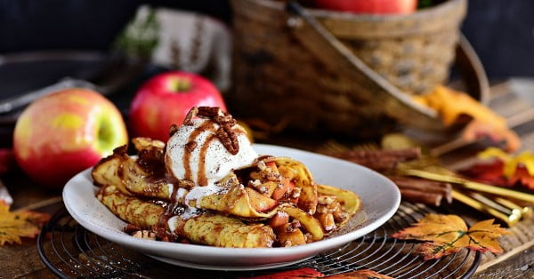 Apple Pie Crepes recipe #crepes #recipe #dinner