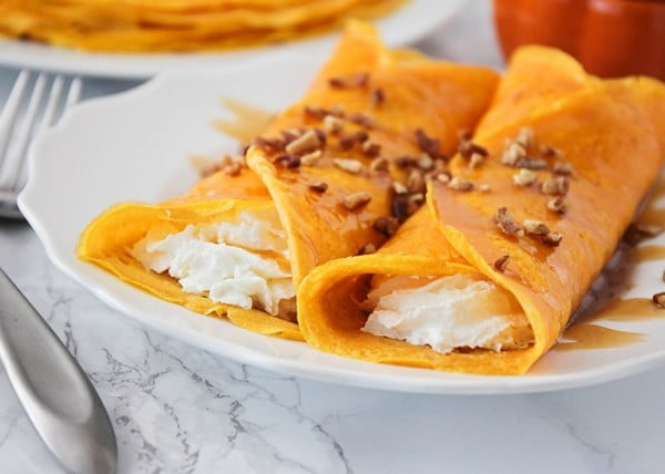 Pumpkin Cheesecake Crepes #crepes #recipe #dinner