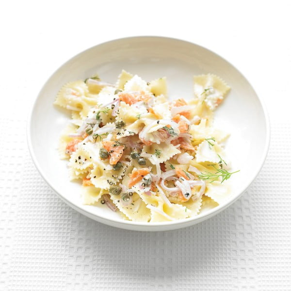 Farfalle Pasta with Smoked Salmon and Cream Cheese #fish #recipe #dinner