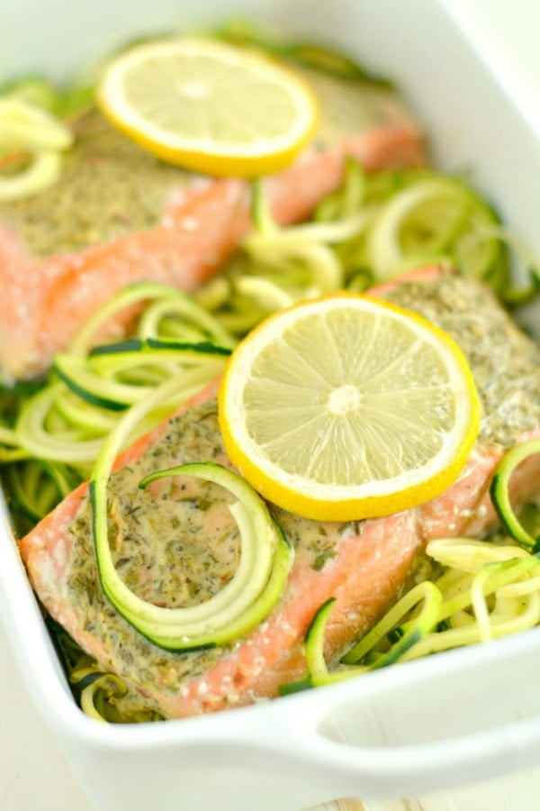 Lemon Herb Salmon Zucchini {GF, Low Cal,Paleo} #lowcalorie #recipe #dinner