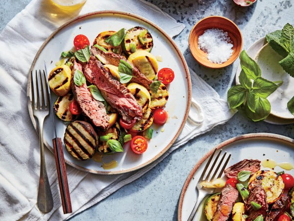 Fed Flat Iron Steak with Grilled Ratatouille #lowcalorie #recipe #dinner