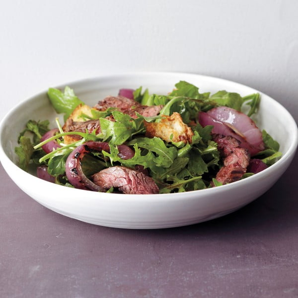 Grilled Steak and Onion Salad #meat #salad #dinner #recipe