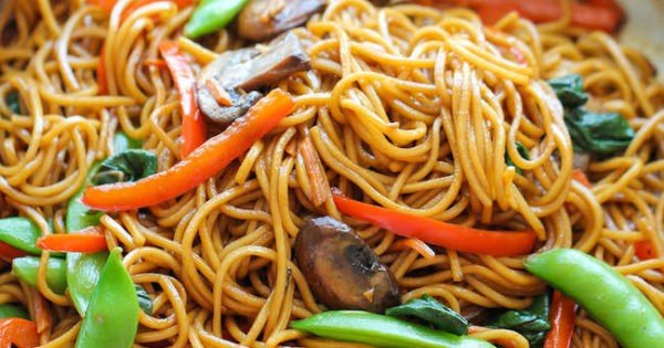 Easy Lo Mein #meatless #dinner #recipe