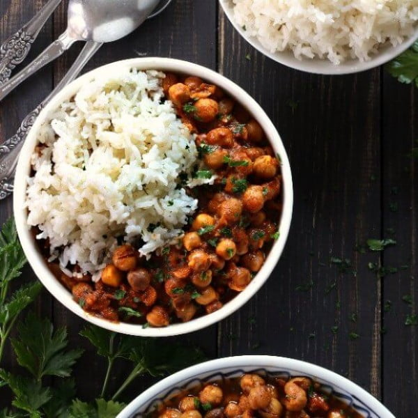Slow Cooker Chickpea Curry Recipe #meatless #dinner #recipe