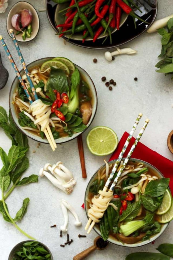 Easy Vegan Pho (Vietnamese Noodle Soup) • Happy Kitchen.Rocks #noodles #soup #dinner #recipe