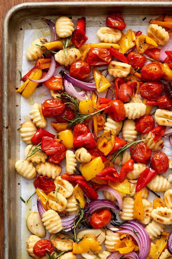 Recipe: Crispy Sheet Pan Gnocchi and Veggies #onepan #recipe #dinner