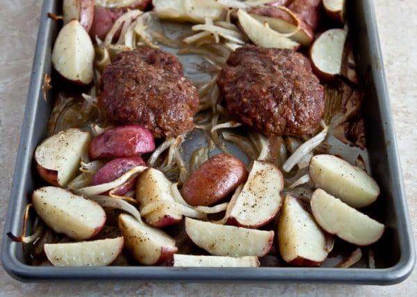 Salisbury Steak Easy with Potatoes #onepan #recipe #dinner