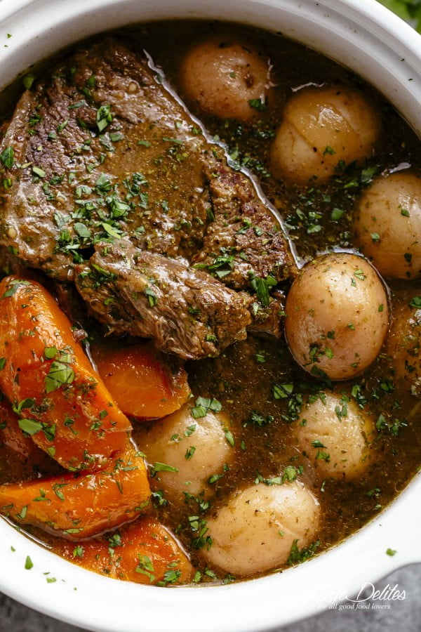 Slow Cooker Pot Roast #onepot #dinner #recipe