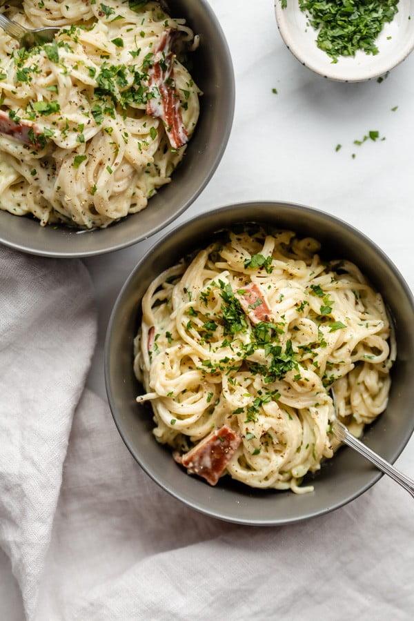 Healthy spaghetti carbonara [plant #pasta #dinner #recipe