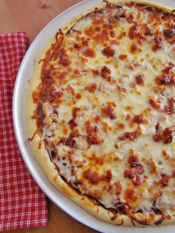 BBQ Chicken Pizza #pizza #dinner #recipe