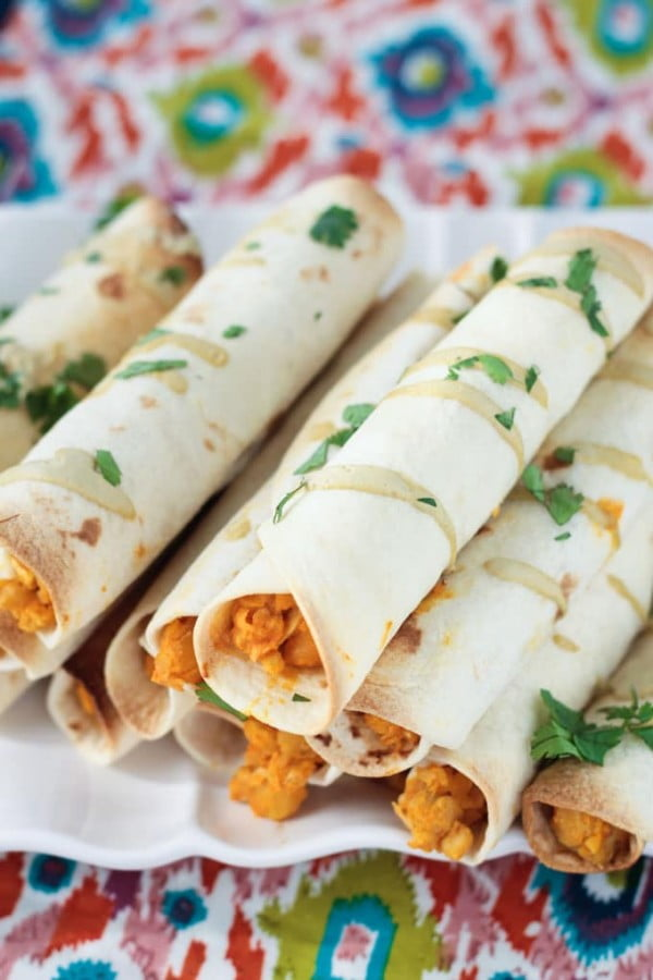 Baked Buffalo Chickpea and Artichoke Vegan Taquitos #superbowlparty #snacks #recipe