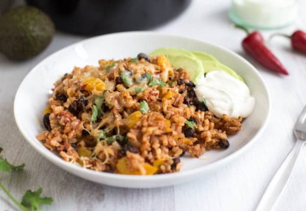 Slow cooker burrito bowls #vegetarian #crockpot #dinner #recipe
