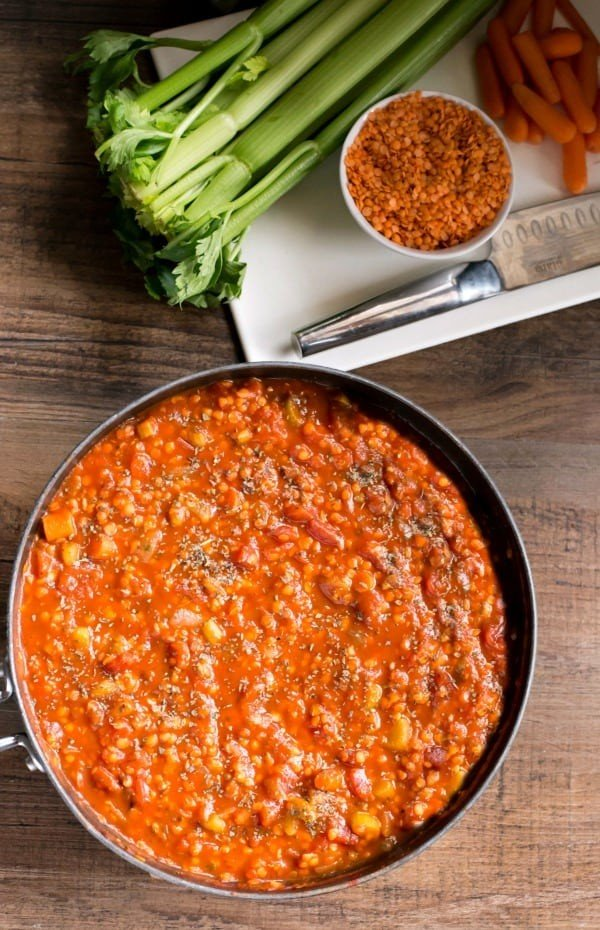Lentil Bolognese Recipe - I Heart Eating #vegetarian #dinner #healthyfood