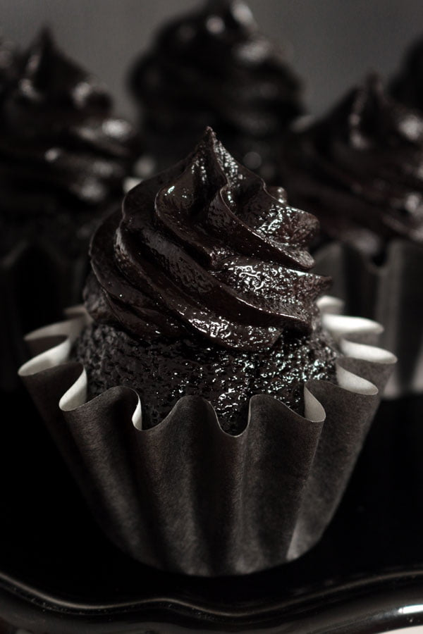 Blackout Chocolate Cupcakes and Blackout Frosting #cupcakes #dessert #recipe