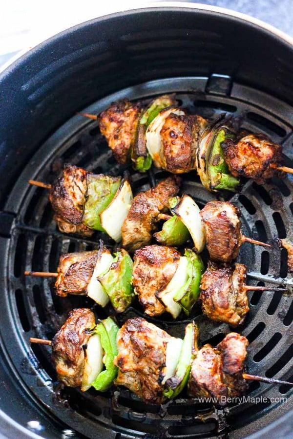 Air fryer beef steak kabobs #airfryer #dinner #food #recipe