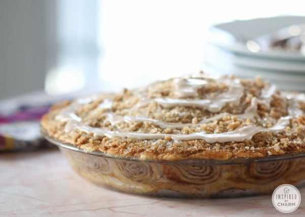 Cinnamon Roll Apple Pie #apples #food #dessert #snack #recipe
