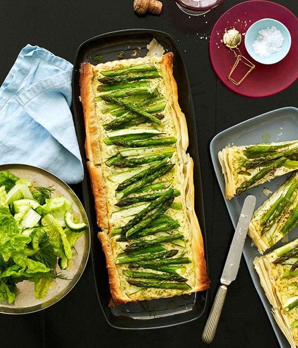 Asparagus, dill and onion tart #asparagus #sidedish #dinner #recipe #food