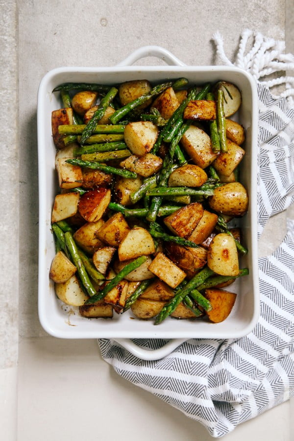 Balsamic Roasted New Potatoes with Asparagus #asparagus #sidedish #dinner #recipe #food