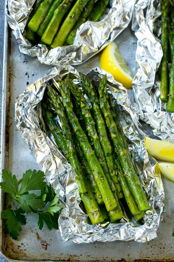 Grilled Asparagus in Foil #asparagus #sidedish #dinner #recipe #food