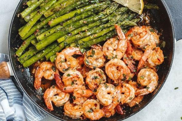 Garlic Butter Shrimp with Asparagus #asparagus #sidedish #dinner #recipe #food