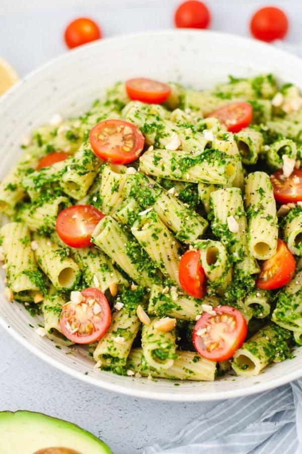 Vegan Avocado Pesto Pasta #avocado #recipe #food #dinner