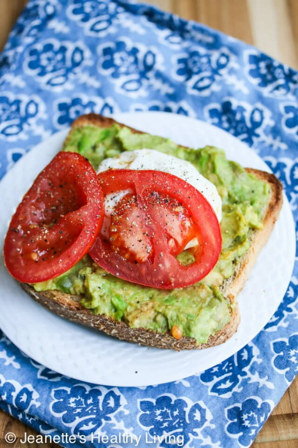 Breakfast Smashed Avocado Tomato Toast with Fried Poached Egg #avocado #recipe #food #dinner