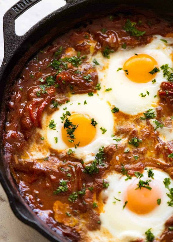 Shakshuka (Middle Eastern Baked Eggs) #recipe #eggs #breakfast