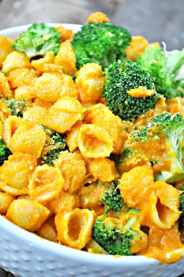 Vegan Broccoli and Cheese Shells #recipe #broccoli #dinner #food