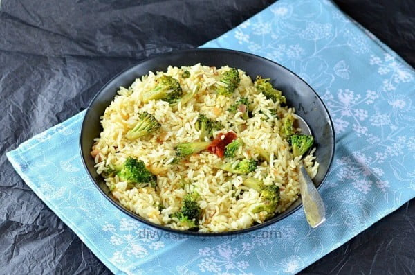 Broccoli Lemon Rice, Lemon Rice with Broccoli #recipe #broccoli #dinner #food