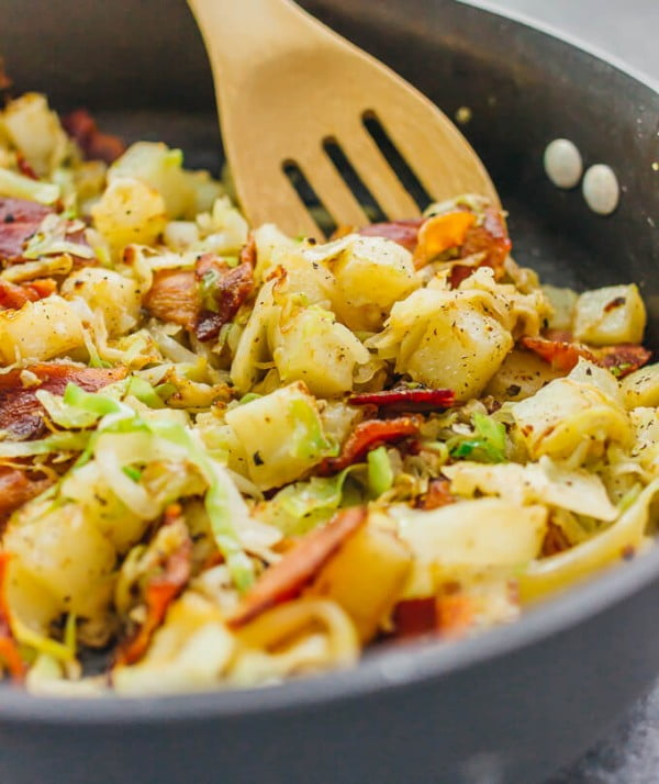 Fried Cabbage and Potatoes with Bacon #cabbage #dinner #recipe #food