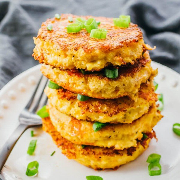 Cauliflower Fritters (Like Hash Browns!) #cauliflower #dinner #recipe #food