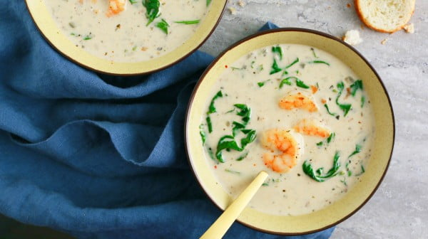 One of the best shrimp soup recipes! #soup #dinner #creamsoup #food #recipe