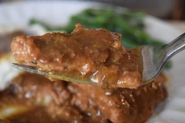 Crock Pot Country Steak with Gravy #crockpot #dinner #beef