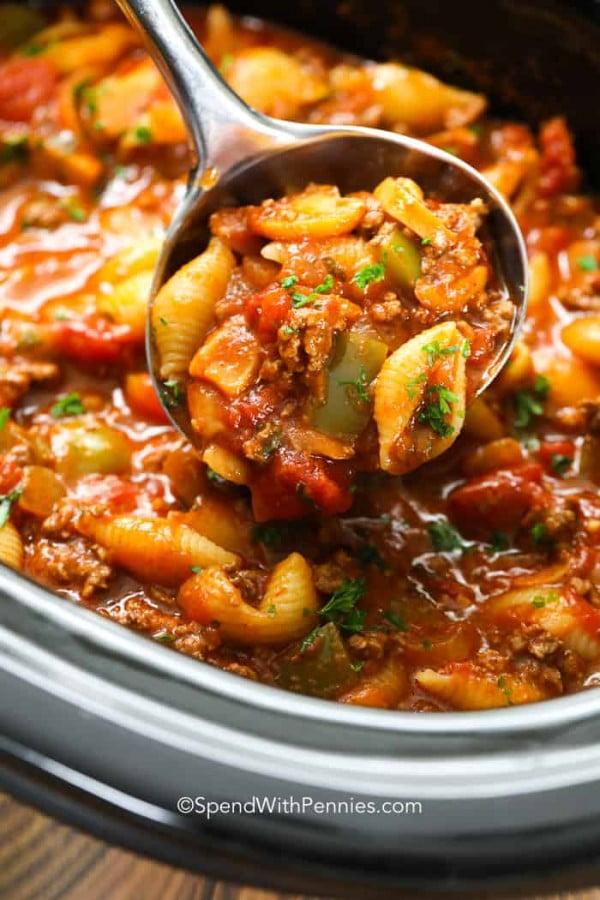 Crockpot Goulash (Slow Cooker American Chop Suey) #crockpot #dinner #beef