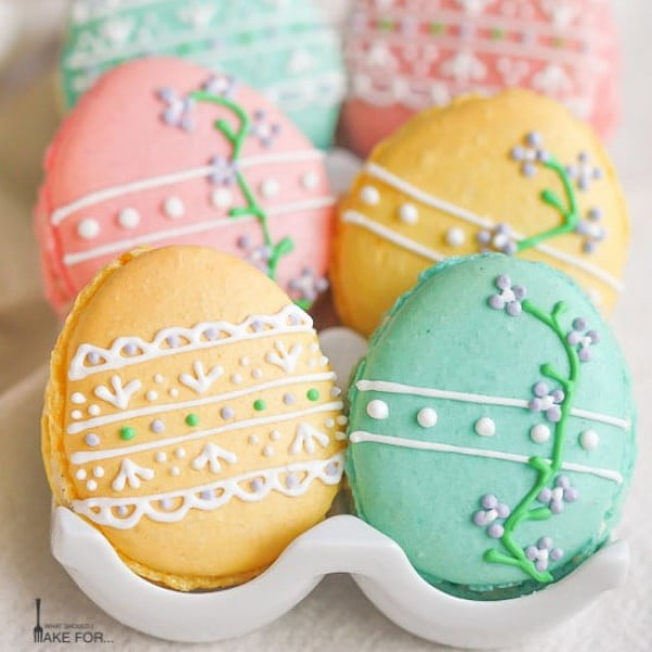 Easter Egg Macarons #easter #dessert #food #recipe