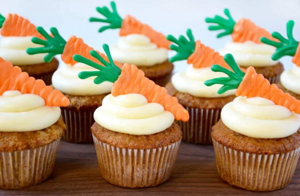 Carrot Cupcakes with Cream Cheese Frosting #easter #dessert #food #recipe