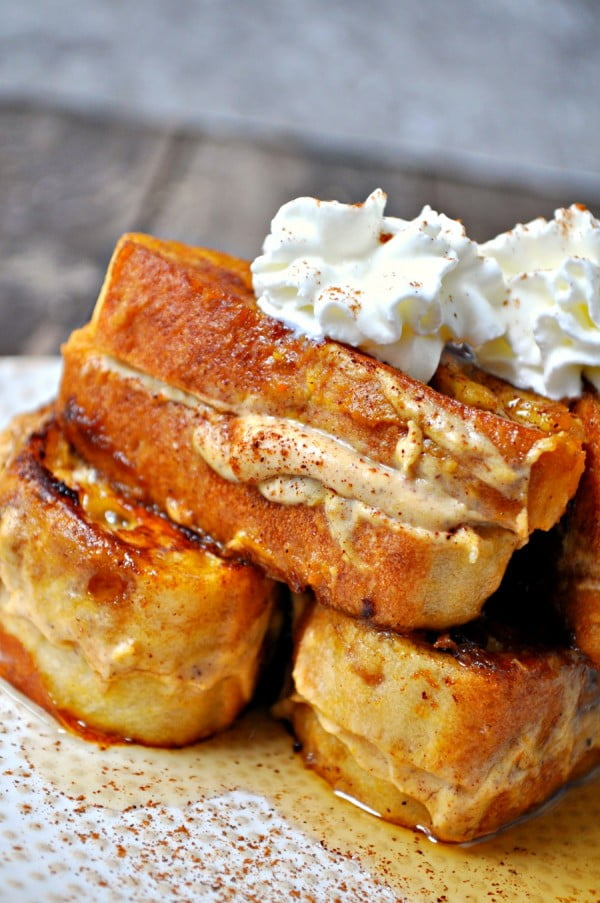Vegan Pumpkin Cheesecake Stuffed French Toast #breakfast #frenchtoast #recipe