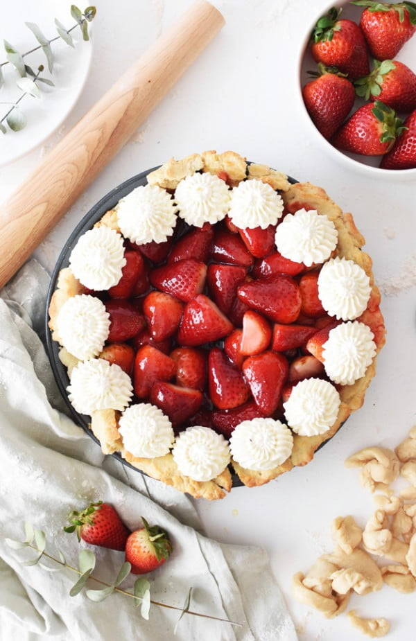 The Best Homemade Fresh Strawberry Pie #fruit #dessert #food #recipe