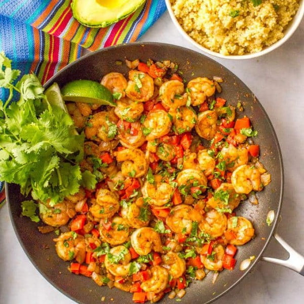 Quick + easy Mexican shrimp skillet (+ video) #healthy #mexican #recipe #food #dinner