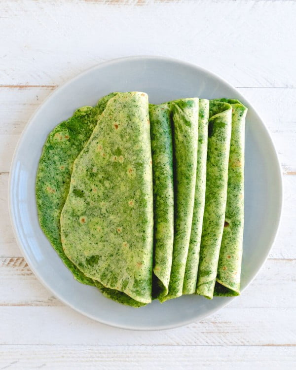 Easy Homemade Spinach Tortillas – A Couple Cooks #healthy #mexican #recipe #food #dinner