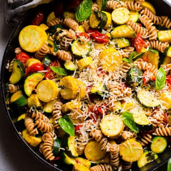 Pasta with Zucchini and Tomatoes #zucchini #healthy #recipe #dinner