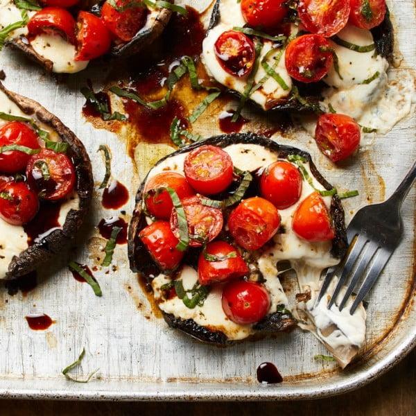 Caprese Stuffed Portobello Mushrooms Recipe #mushroom #recipe #dinner #food