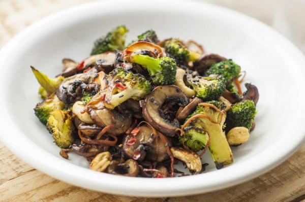 Broccoli and Mushroom Stir-Fry #mushroom #recipe #dinner #food
