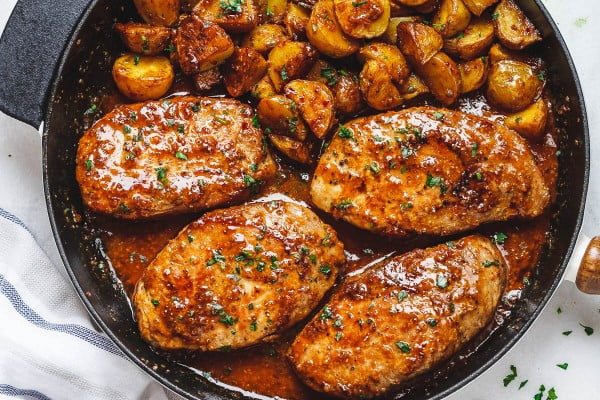 Honey Mustard Pork Chops and Potato Skillet #pork #meat #dinner #recipe #food