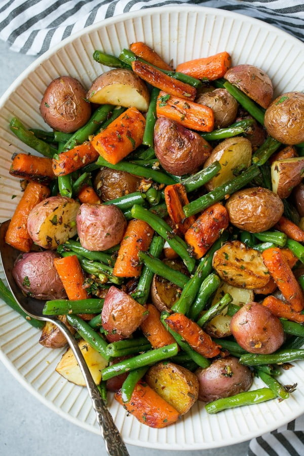 Roasted Vegetables with Garlic and Herbs #recipe #potato #dinner